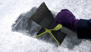 For the Love of God, Make This Snow Scraper a Reality