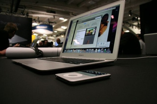 Greenpeace Responds to MacBook Air (Supplies! They're Still Not Happy)
