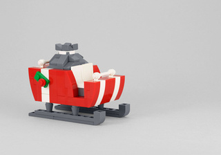Build a Lego Santa's Sleigh with Powerpig