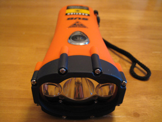 HydroStar SUB Flashlight With Dynamo-Powered LEDs, Lasers Lightning Review