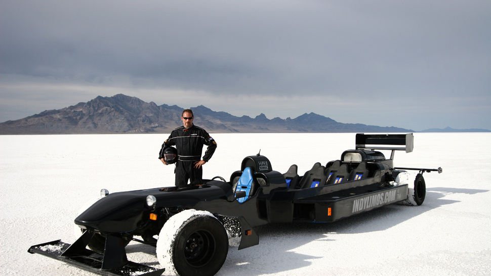 Open-Topped Limo May Discharge Passengers At Over 300MPH