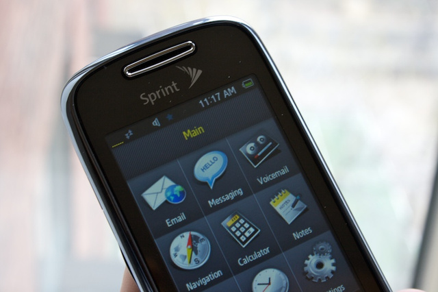 Sprint Instinct S30 Lightning Review (A Blast from the Past)