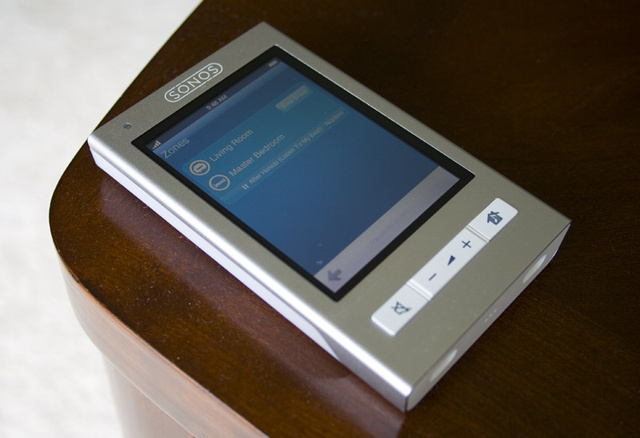 Sonos CR200 Touchscreen Controller Review: Better Than an iPhone