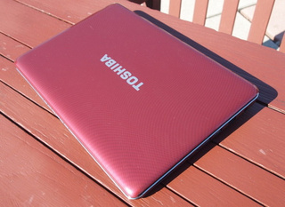 Toshiba Satellite T135 Gallery