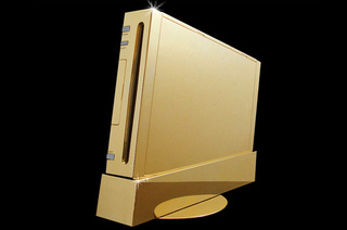 If You Are an Idiot, You May Want to Spend $490,000 in this Nintendo Wii Made of Gold