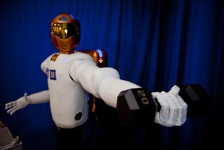 Robonaut2: NASA's Red Shirt Who May One Day Rule the Fleet