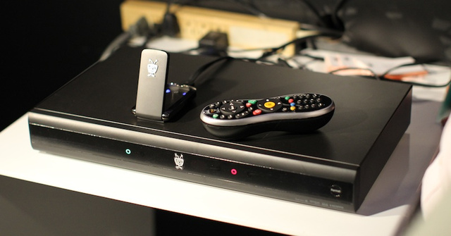 TiVo Premiere Details and First Hands On: Like IMDB On TV