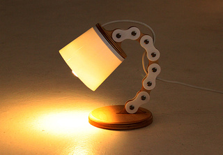 This Pixar Luxo Jr Lookalike Lamp Was Made With a Bicycle Chain