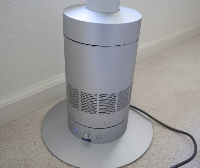 Room-Sized Dyson Air Multiplier AM03 Review: The Definition of Luxury