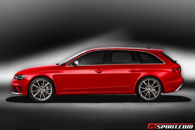 2013 Audi RS4 Avant: First Photos