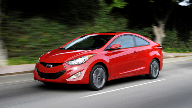 2013 Hyundai Coupe: First Photos