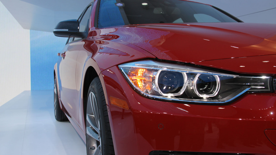 2012 BMW 3 Series Sedan: Detroit Auto Show Photos, Info