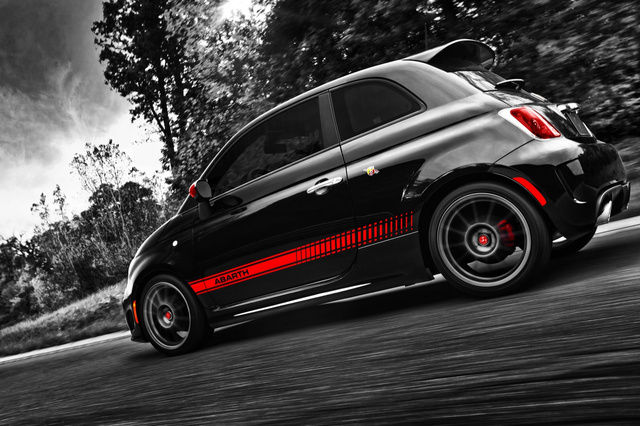 Fiat 500 Abarth: First Photos