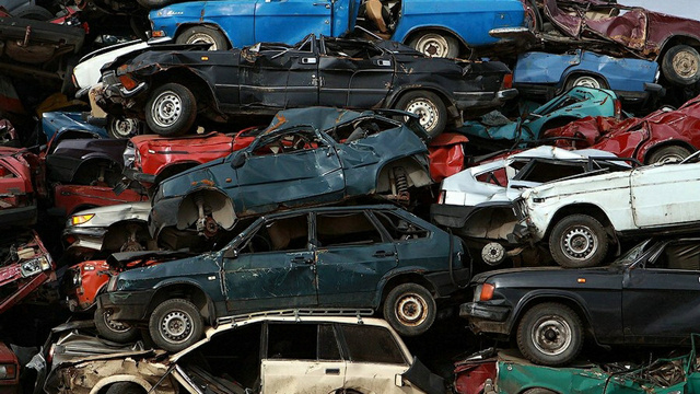 Scenes from a Russian junkyard