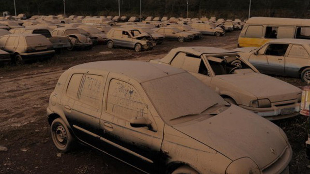 1,500 cars flooded sitting in city impound lot