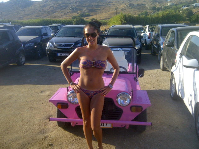 Bikini-clad Ecclestone daughter poses with Mini Moke