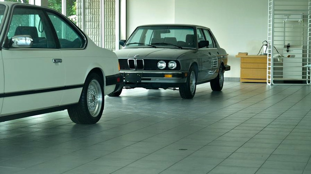 The mystery of a ghost BMW dealership