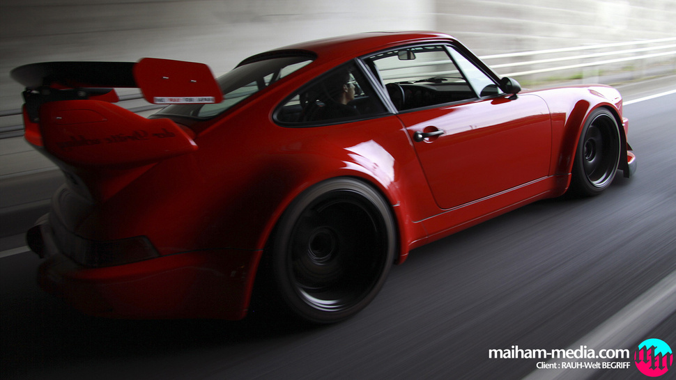 Your ridiculously cool RWB Porsche wallpaper is here