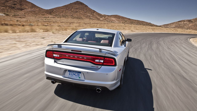 2012 Dodge Charger SRT8: Photos