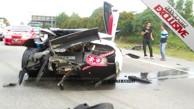 BMW crashes into Lamborghini: Before and after