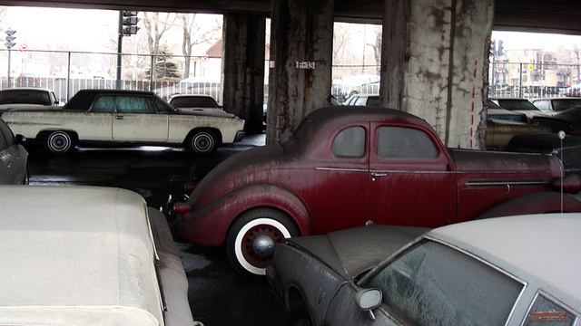 Old cars abandoned Gallery