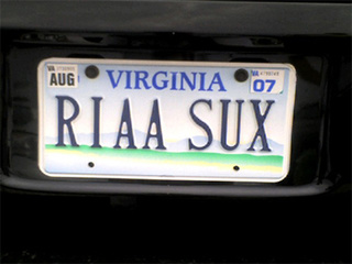 20 More Hilarious Personalized License Plates