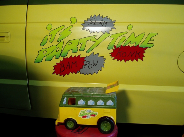 Teenage Mutant Ninja Turtles Van
