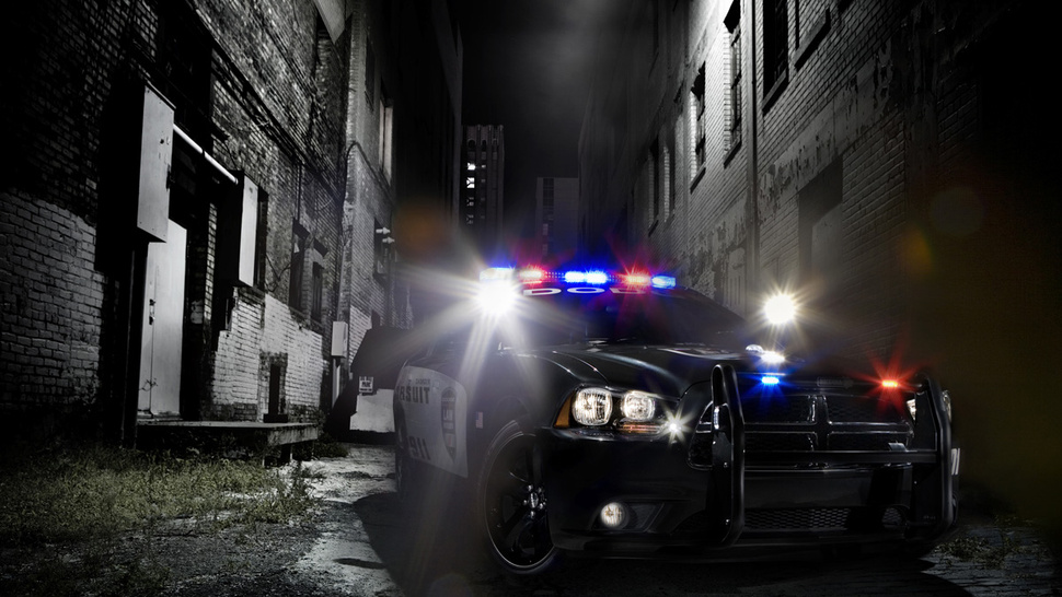 2011 Dodge Charger Pursuit: You Have The Right To Remain Badass