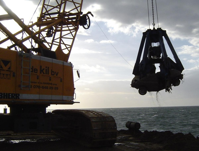 How To Salvage A Sunken Car Freighter
