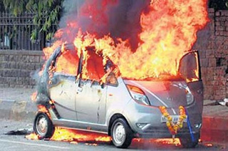 Four Tata Nanos Go Up In Flames In India