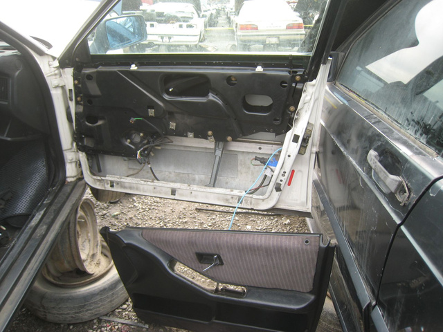 Junkyard Nightmare Build Quality Challenge, Door Panel Edition: Germany
