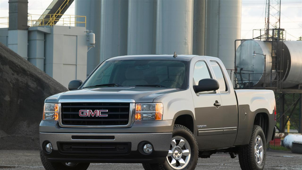 2011 GMC Sierra Spotted Camo-Free, Maybe Getting 7.0-liter Gas Engine