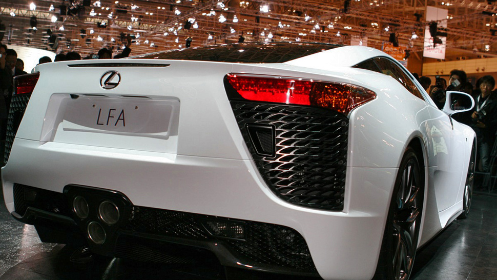 Lexus LFA: A $400,000 Fast-As-Spit Super Car