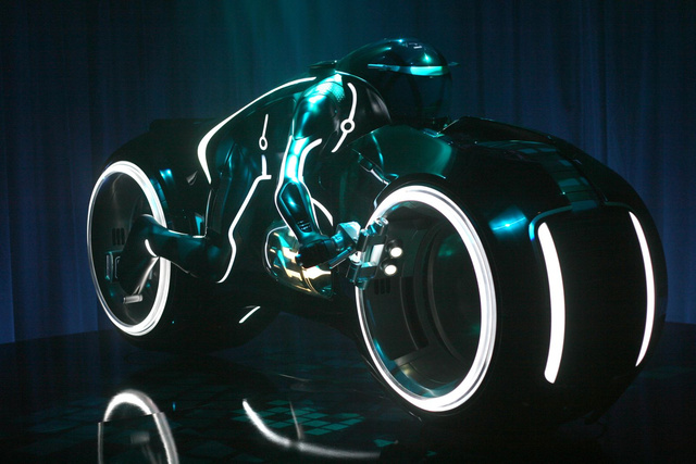 Tron Light Cycle Revealed Live At Flynn's Arcade!