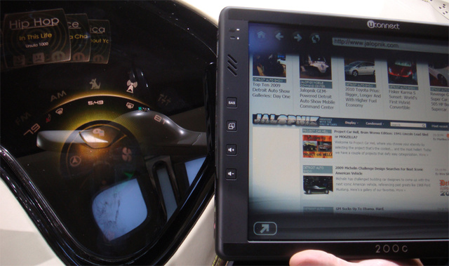 "Jalopnik ""Hacks"" Chrysler Concept UConnect In-Car Internet Service, Lives To Tell About It"