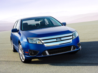 New Ford Fusion Hybrid Becomes First Ever Hybrid NASCAR Pace Car
