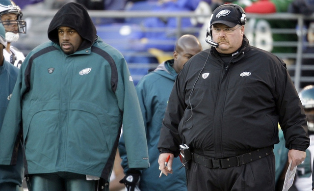 Donovan McNabb Will Retire As An Eagle