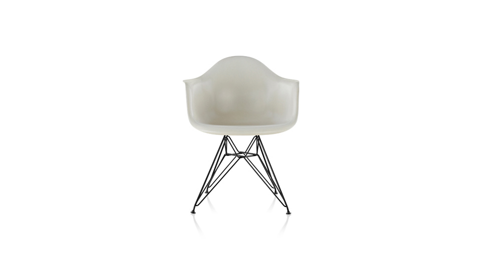Eames chair from gizmodo