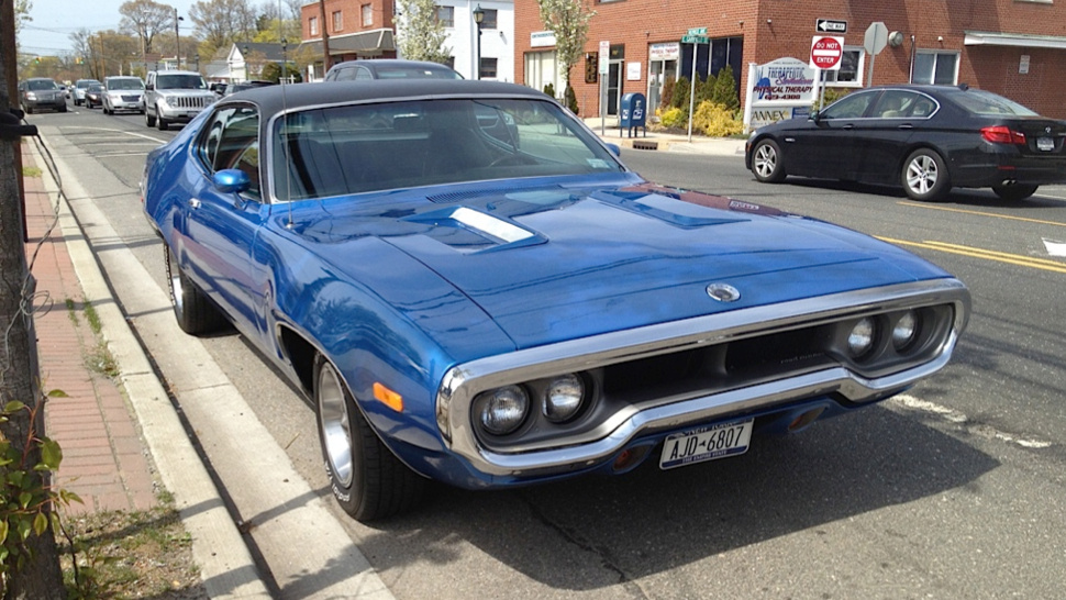This Blue Plymouth Road Runner Makes Me Want To Go Fast ~ Muscle Car ...