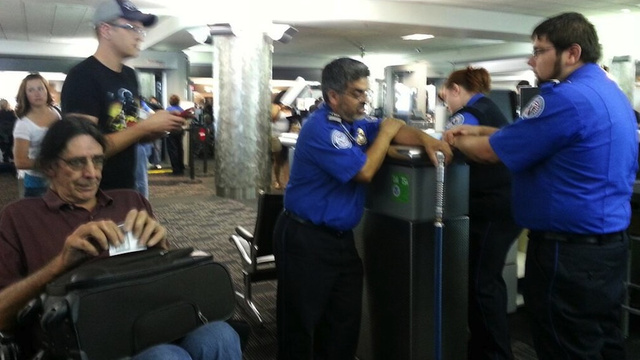 TSA Attempts to Confiscate Chewbacca Actor's Light Saber-Shaped Cane