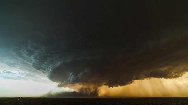 Check Out This Otherworldly Footage of a Storm Supercell Forming