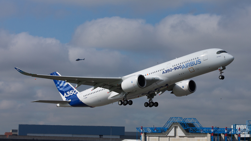 Airbus A350 XWB First Flight Video: The Dreamliner's Nightmare Is Real