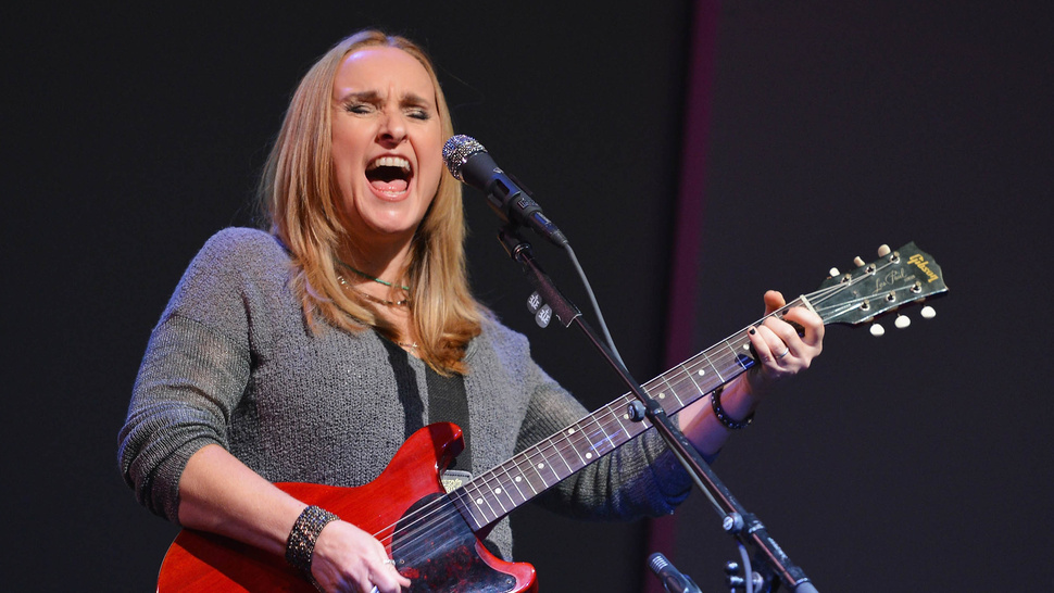 Melissa Etheridge Calls Angelina Jolie's Mastectomy a 'Fearful Choice'