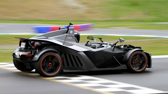 Ariel Atom 2 vs. KTM X-BOW Gallery