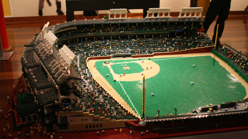 k bigpic Photo: Wrigley Field Replica Built Entirely Of Legos