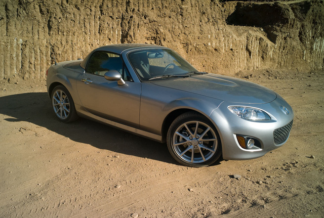 2009 Mazda MX-5 Miata: First Drive