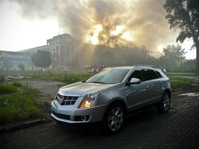 2010 Cadillac SRX: Part Three