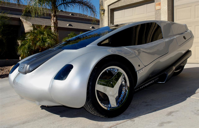 125 MPG Diesel-Electric Three-Wheeled Car Headed For Production