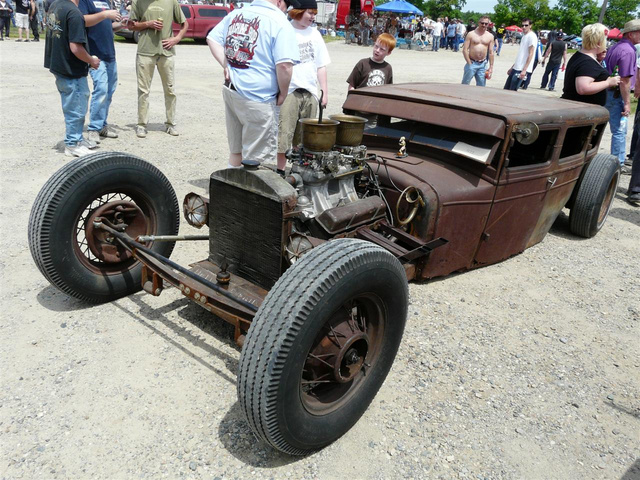 The Stupidest Awesome Car At Billetproof 2009: Lowest Car Ever