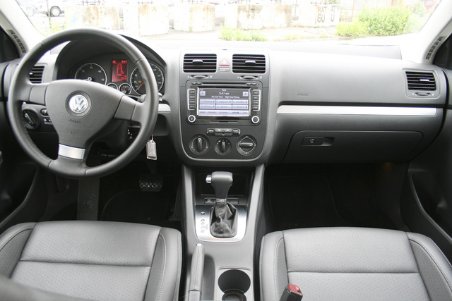 2009 VW Jetta Sportwagen TDI, Part Two